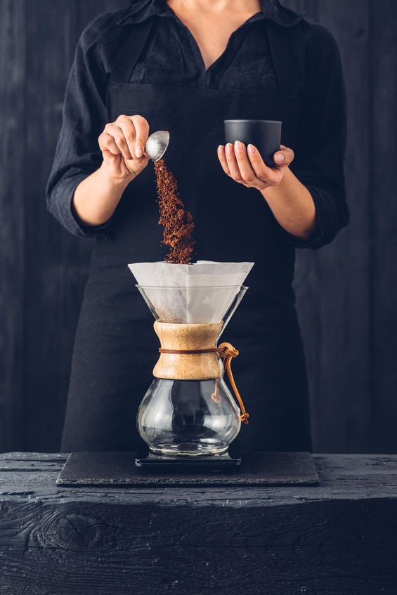 Making Cffee with a Chemex